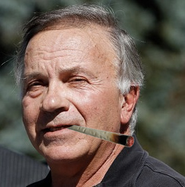 Dramatization. Tom Tancredo does not smoke weed.